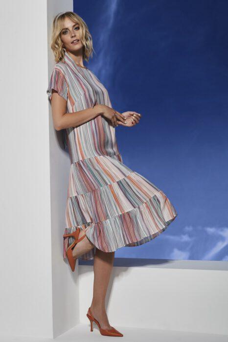 midi sukienka z tkaniny w wielokolorowe paski