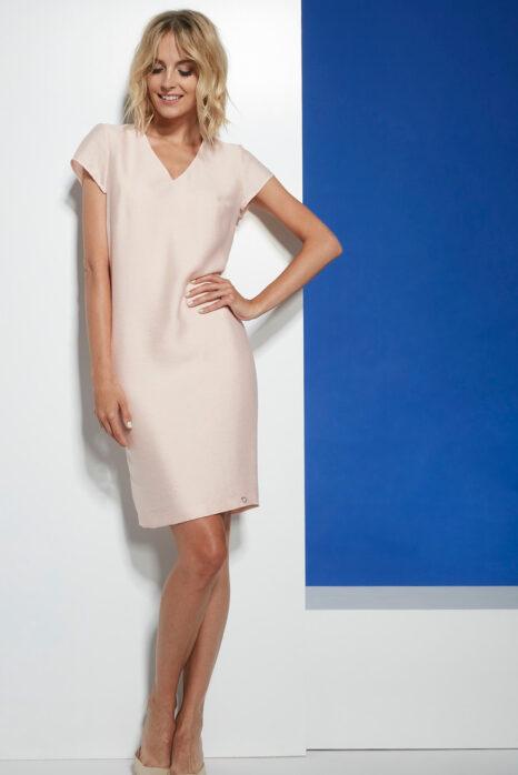 Dopasowana sukienka z tkaniny w kolorze łososiowego różu